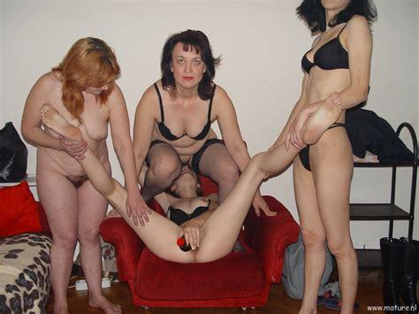 mature lesbians and tens jpg 1152x864